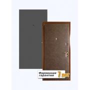 Недорогая дверь с отделкой винилискожей и окраской нитроэмалью
