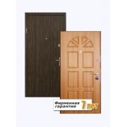 Входная металлическая дверь с отделкой ламинированной панелью и шпонированным МДФ