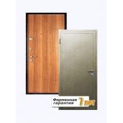 Входная металлическая дверь с отделкой ламинатом с внутренней стороны и порошковым напылением с внешней