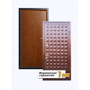Входная металлическая дверь с рефленной поверхностью порошок-ламинат