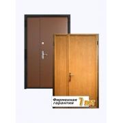 Двустворчатая тамбурная металлическая дверь, облицованная ламинатом и винилискожей