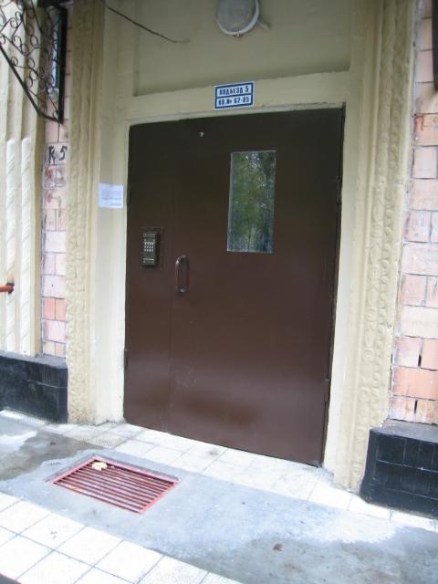 наружные тамбурные двери